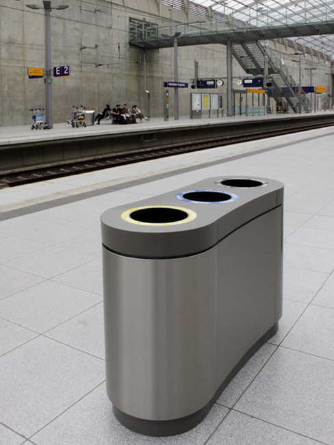 SN-293 Litter Separation Unit with 3 sections