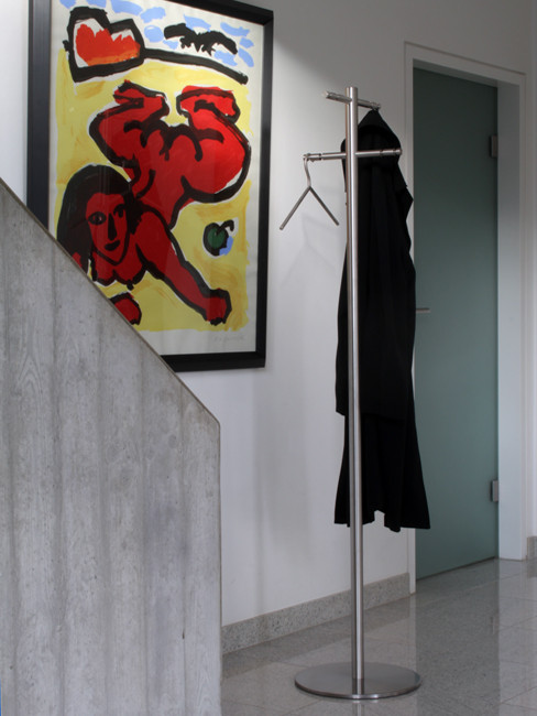 SN-G1 Coat Stand