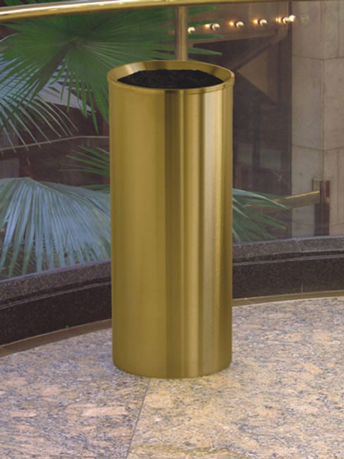 SNH-115 Smoker Stand in stainless steel, 255x600mm, brass antique and clear coated