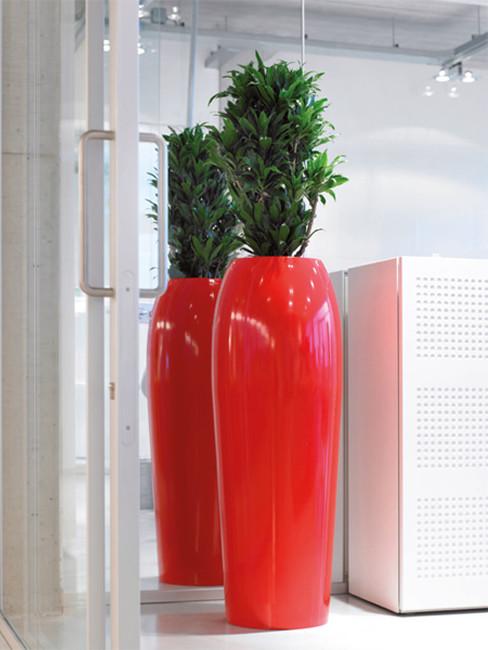 Pflanzensäulen SAMU aus Kunststoff oben bombiert