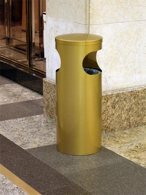 SNH-150 Abfallbehälter in Edelstahl geschliffen und messingfarbig antik gefärbt und klar beschichtet