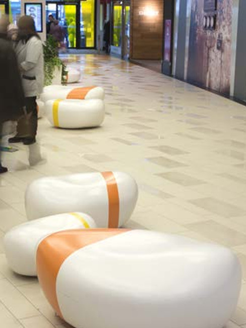 Sitzlandschaften aus Kunststoff